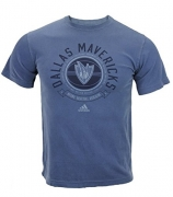 Dallas Mavericks NBA Mens Short Sleeve Pigment Dyed T-Shirt, Blue Jeans