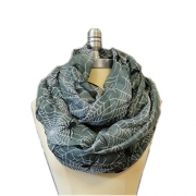 SCARF_TRADINGINC Spider X-Large Infinity Scarf Loop Cowl (Spider Grey).